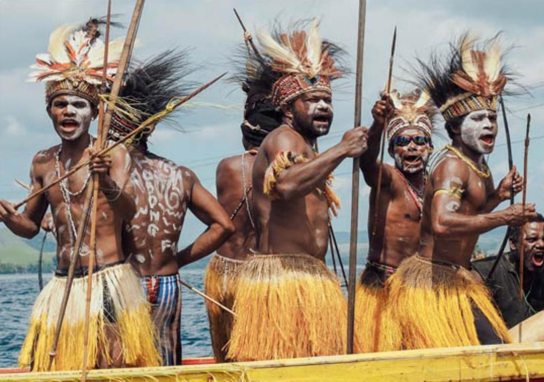 Pakaian Adat Papua Laki Laki