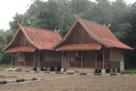 6 Rumah Adat Jawa Barat Nama Gambar Dan Penjelasannya
