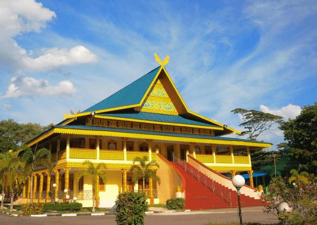4 Nama Gambar Rumah Adat Riau Dan Penjelasannya